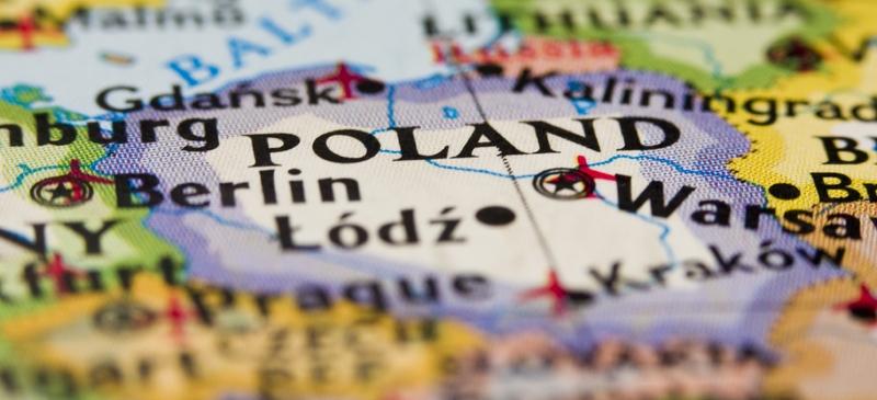 Poland mourns president's death in crash