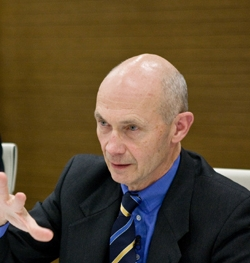 Dinner on 'The world economcy and the prospects for global trade' with Pascal Lamy event thumbnail