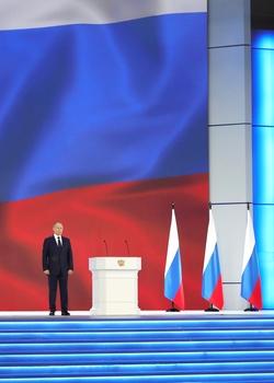 http://kremlin.ru/events/president/news/65418/photos/65535